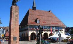 4296010-Market_square_Freudenstadt
